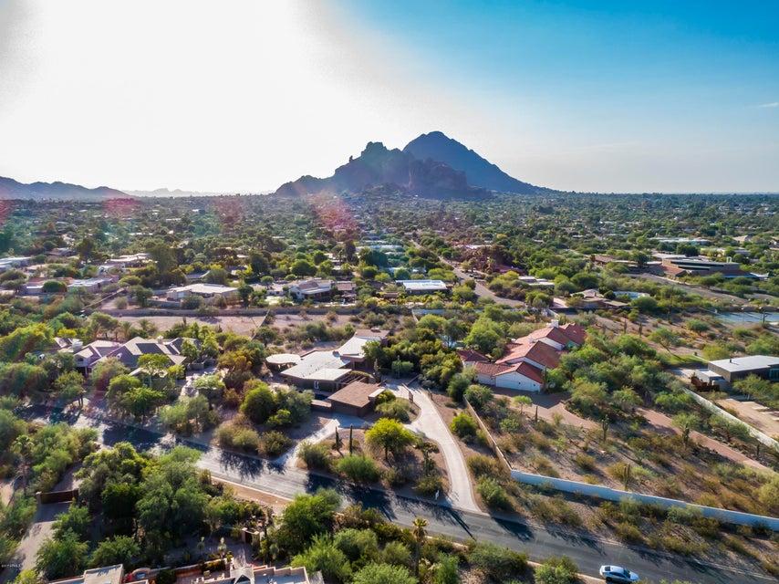 5625 N CAMINO DEL CONTENTO --, Paradise Valley, AZ 85253
