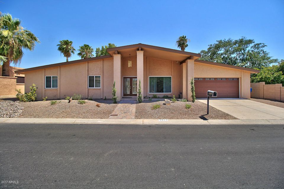 2811 E MISSION Lane, Phoenix, AZ 85028