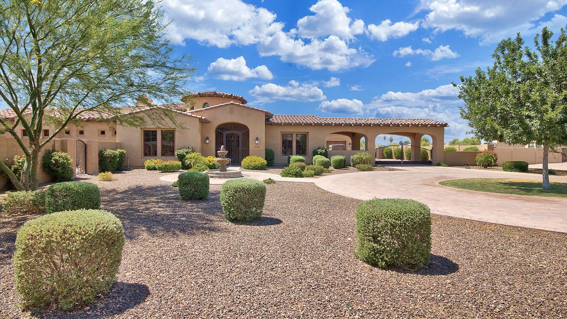 8105 W FRIER Drive, Glendale, AZ 85303