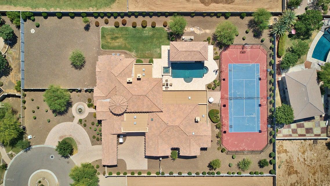 MLS 5624113 8105 W FRIER Drive, Glendale, AZ 85303 Glendale AZ Luxury