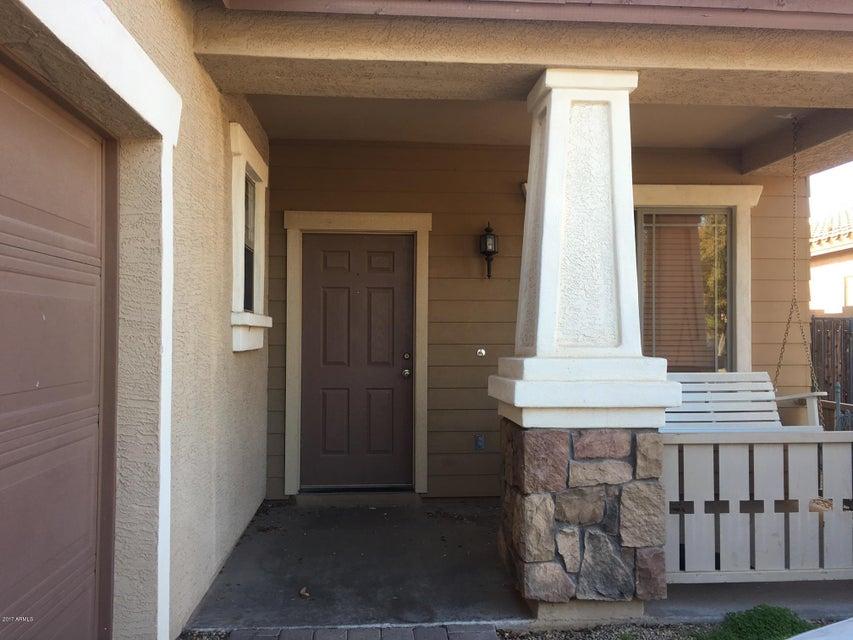 1940 S FALCON Drive, Gilbert, AZ 85295