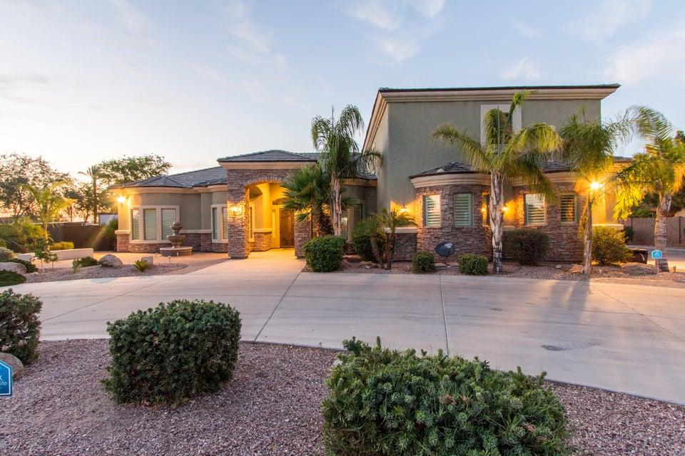 8226 W ACOMA Drive, Peoria, AZ 85381