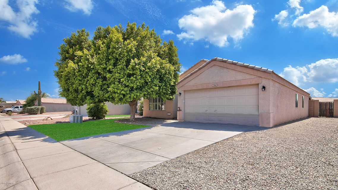 1966 S RENNICK Drive, Apache Junction, AZ 85120