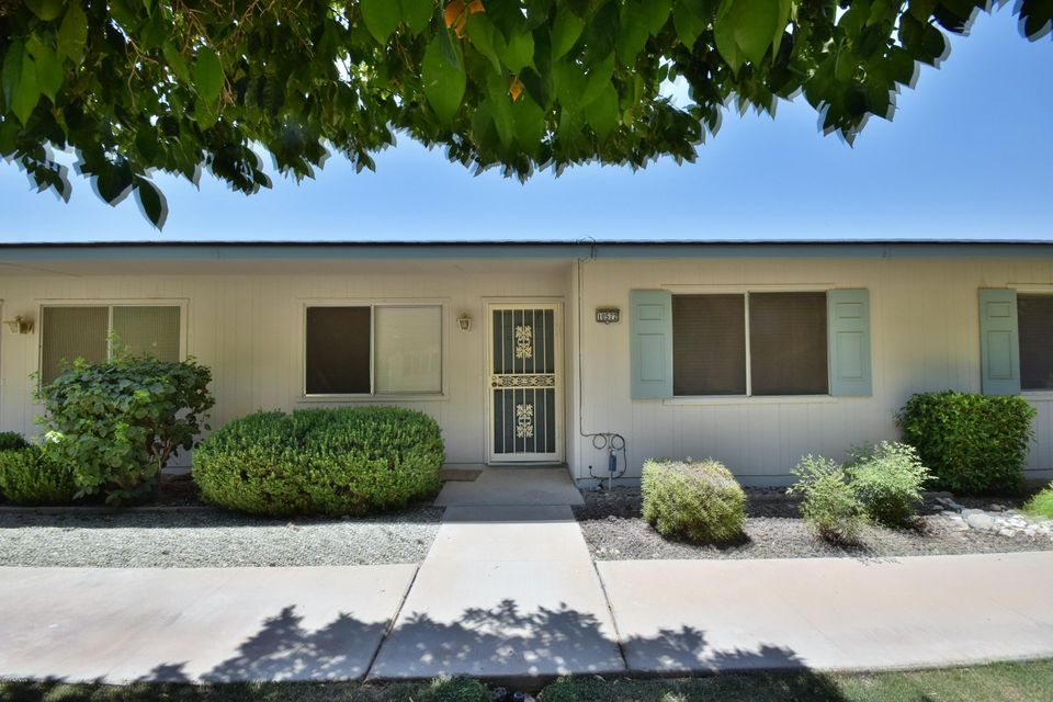 10572 W COGGINS Drive, Sun City, AZ 85351
