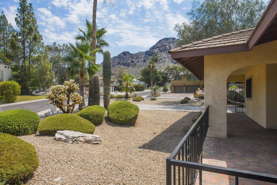 2255 E STATE Avenue, Phoenix, AZ 85020