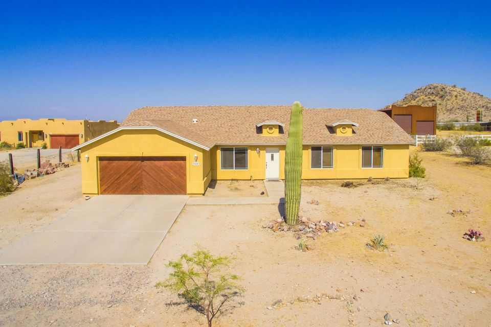 35203 N TRICA Road, Queen Creek, AZ 85142