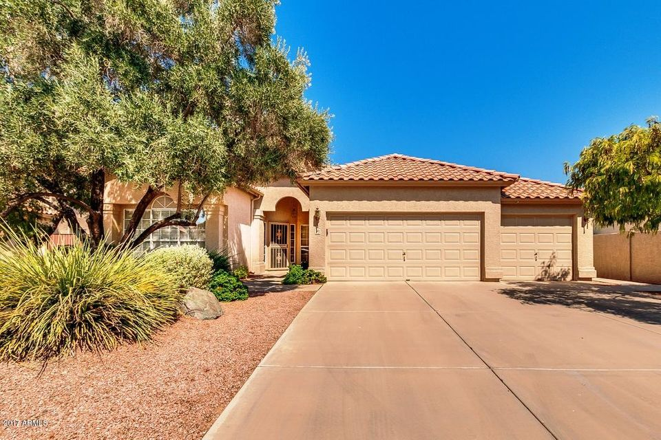 715 N APOLLO Court, Chandler, AZ 85224