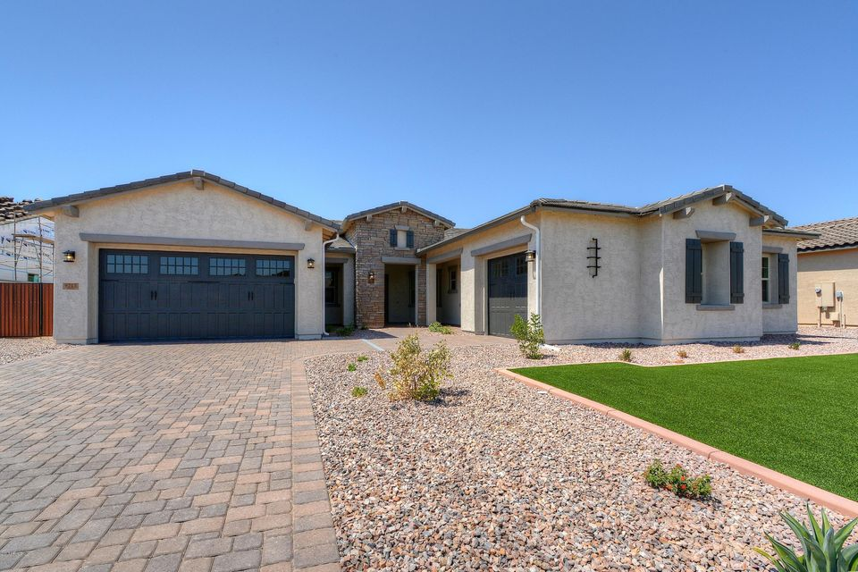 Photo of 9215 W LOS GATOS Drive, Peoria, AZ 85383