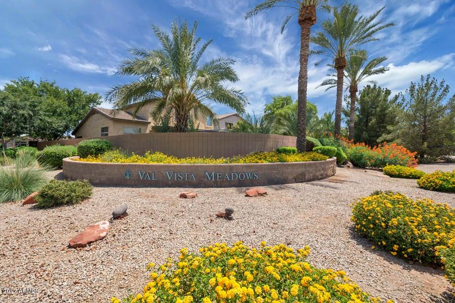 MLS 5625343 1756 E WASHINGTON Court, Gilbert, AZ Gilbert AZ Val Vista Lakes