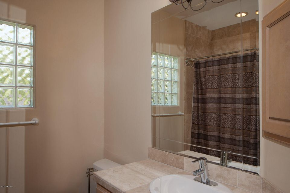 7241 N 71ST Place Paradise Valley, AZ 85253 - MLS #: 5625467