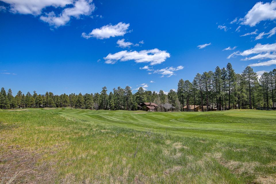 MLS 5625936 2214 Tom Mcmillan Circle, Flagstaff, AZ Flagstaff AZ Golf