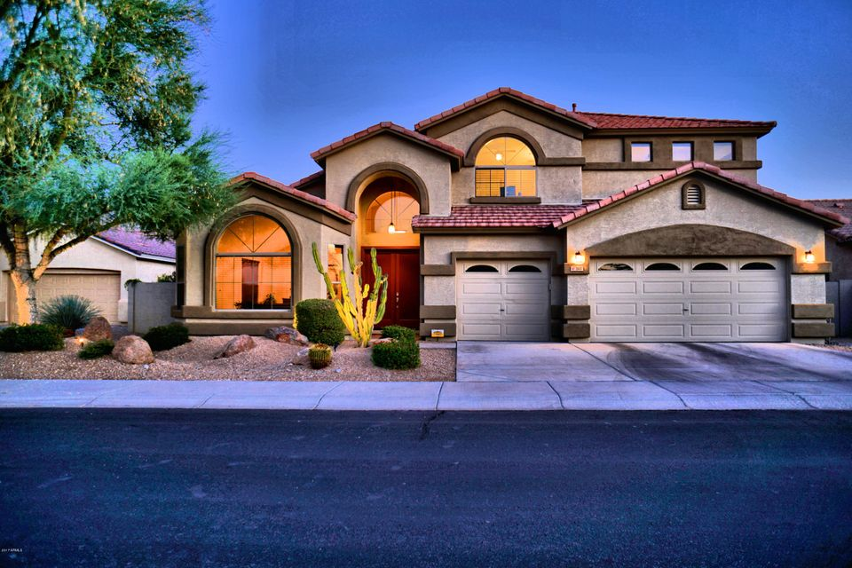 2611 W BUIST Avenue, Phoenix, AZ 85041