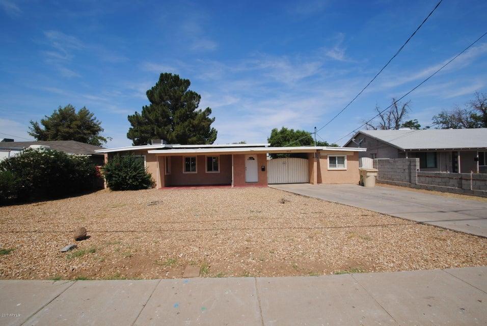 6518 N 61ST Avenue, Glendale, AZ 85301