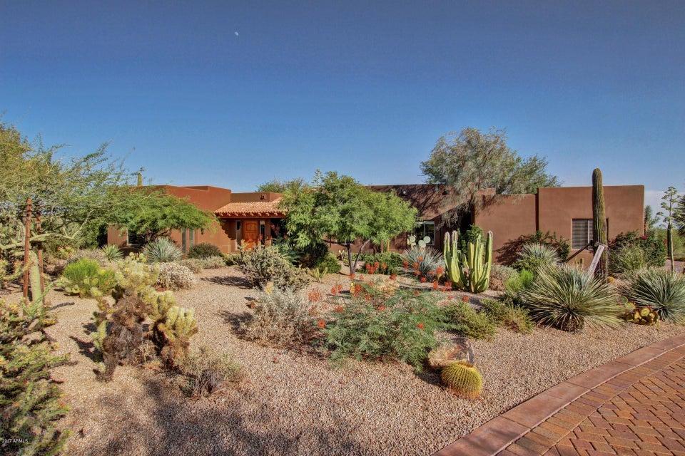 6527 E OLD PAINT Trail, Carefree, AZ 85377