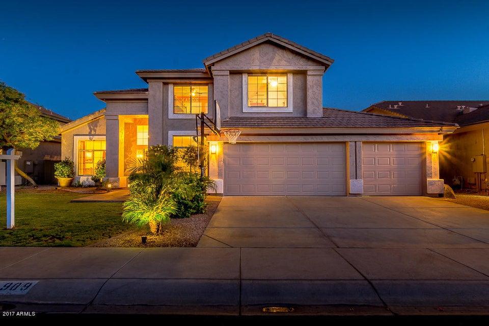 4909 E MICHELLE Drive, Scottsdale, AZ 85254