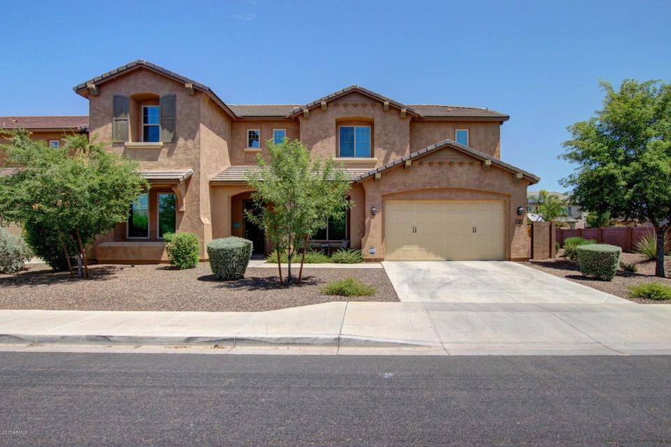 2936 E WYATT Way, Gilbert, AZ 85297