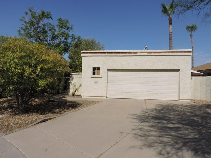 2140 N COLLEGE Court, Chandler, AZ 85224