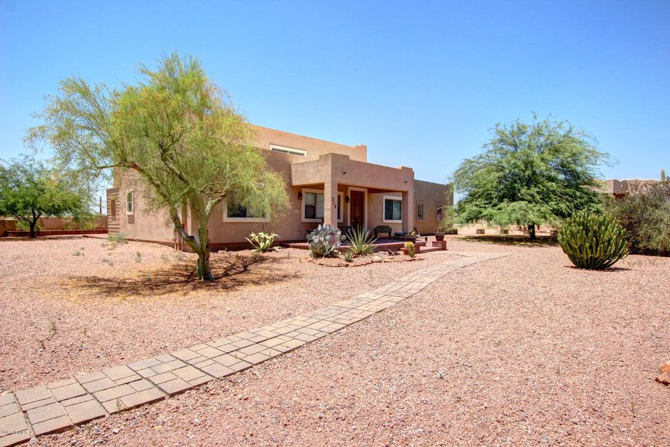 212 N BOYD Road, Apache Junction, AZ 85119