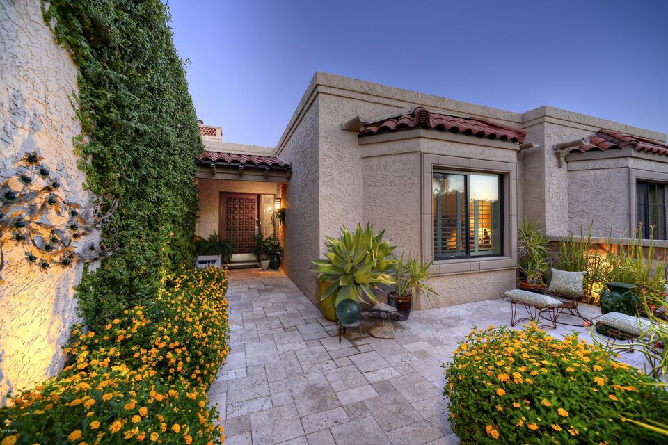 Photo of 8550 N 84TH Place, Scottsdale, AZ 85258