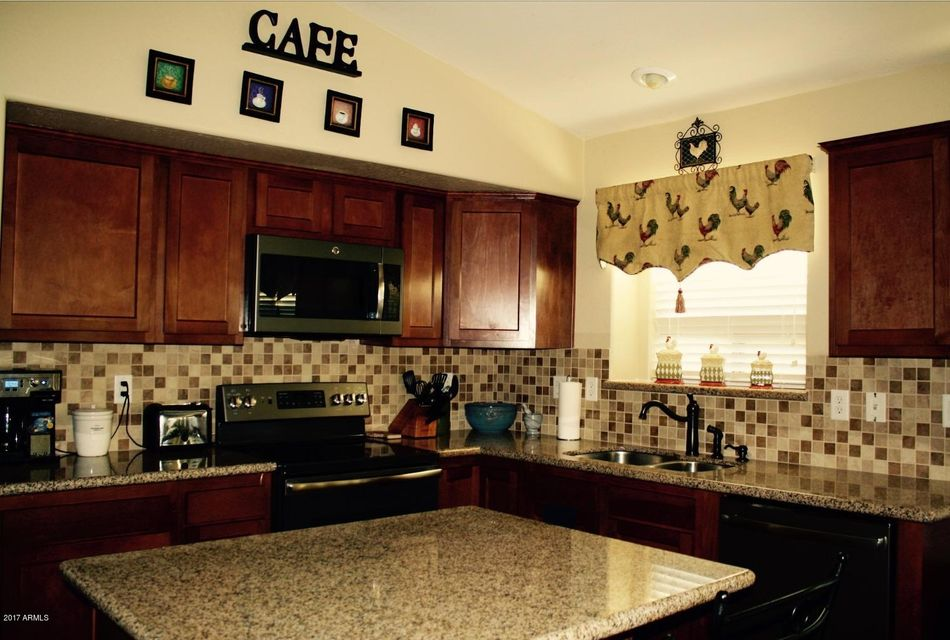 93 W GREY STONE Street, San Tan Valley, AZ 85143