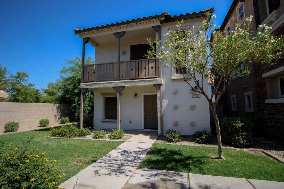 1382 S SABINO Drive, Gilbert, AZ 85296