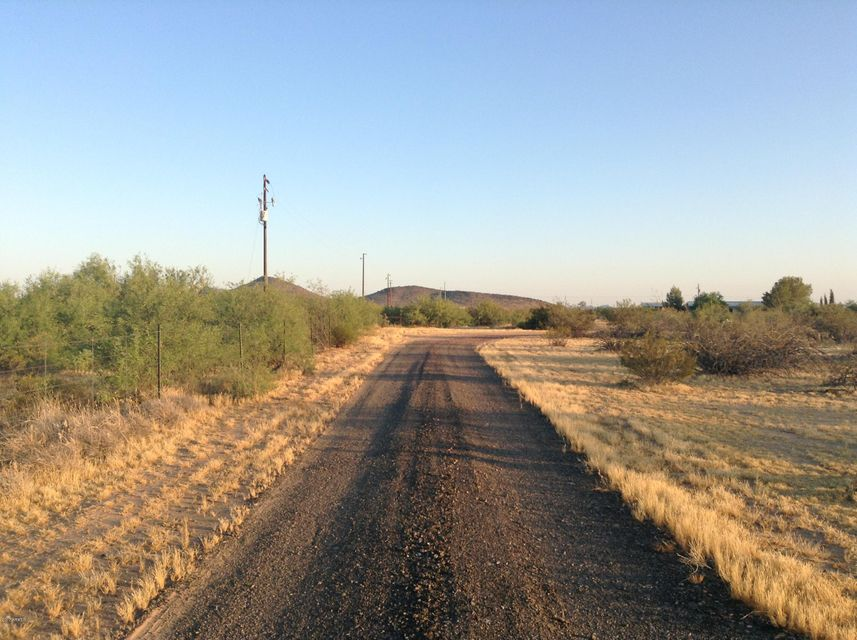 MLS 5629838 46109 W J-1 RANCH Road, Wickenburg, AZ Wickenburg AZ Newly Built