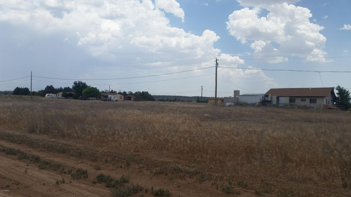 235 W ACAPULCO Way Paulden, AZ 86334 - MLS #: 5630741