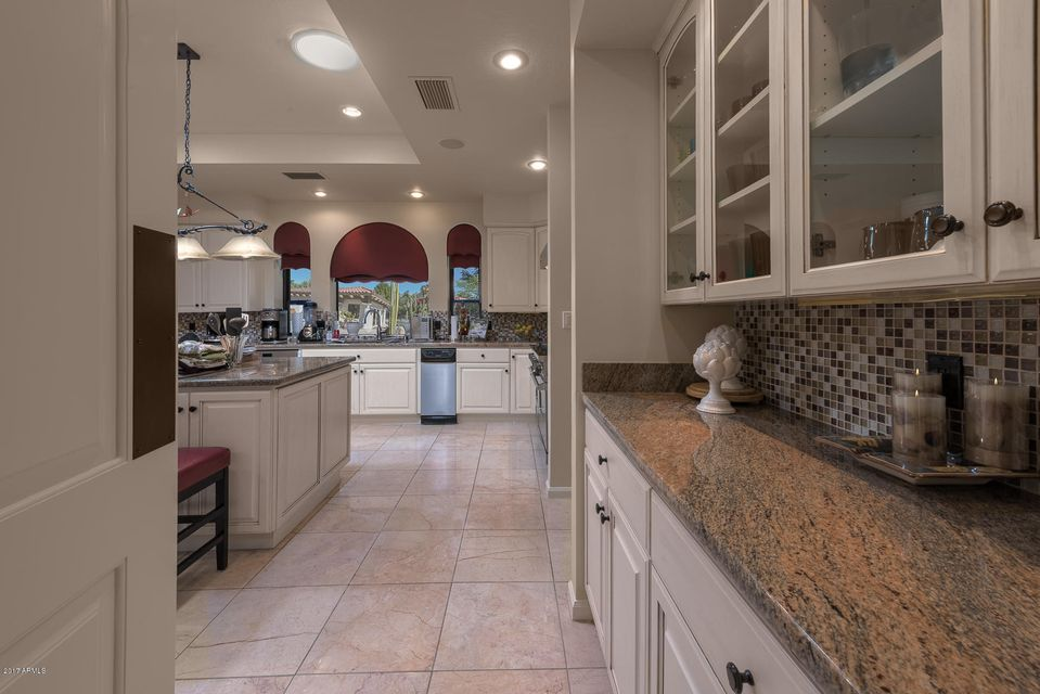 6221 E HUNTRESS Drive Paradise Valley, AZ 85253 - MLS #: 5629125