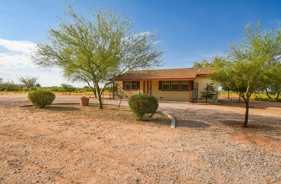 22435 W Hylton Way, Congress, AZ 85332