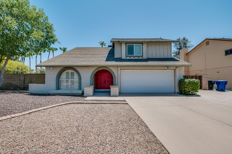 2625 S MOLLERA Street, Mesa, AZ 85210