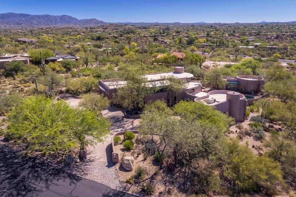 MLS 5586355 35635 N MEANDER Way, Carefree, AZ 85377 Carefree AZ Guest House