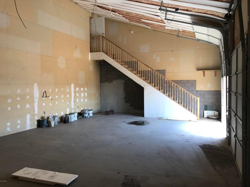 MLS 5576536 16705 E GREENBRIER Lane, Fountain Hills, AZ 85268 Fountain Hills AZ REO Bank Owned Foreclosure