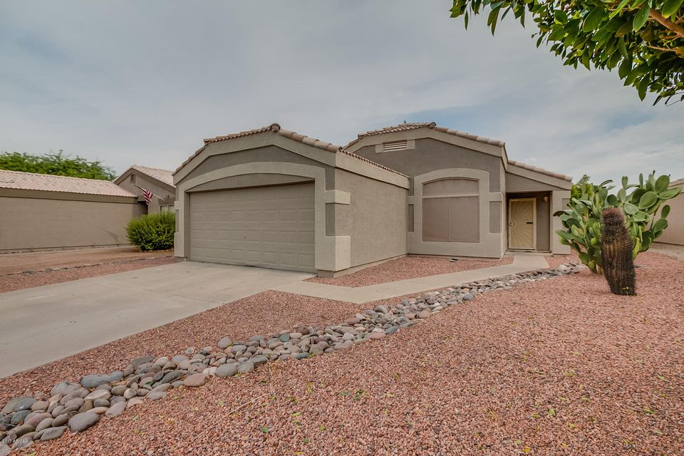 1482 W MONTEBELLO Avenue, Apache Junction, AZ 85120
