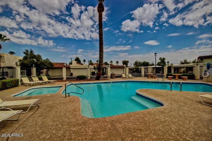 4730 W PALMAIRE Avenue, Glendale, AZ 85301