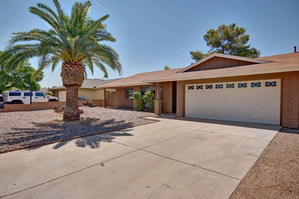 4409 W SHANGRI LA Road, Glendale, AZ 85304
