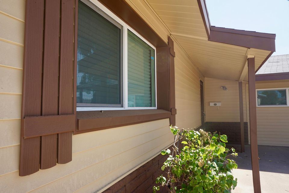 8220 W TRAFALGAR Avenue, Phoenix, AZ 85033