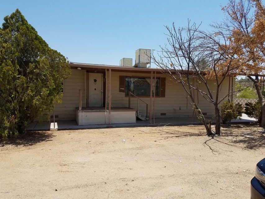 34175 S Mud Springs Road, Black Canyon City, AZ 85324