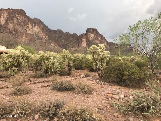 1800 N La Barge Road, Apache Junction, AZ 85119