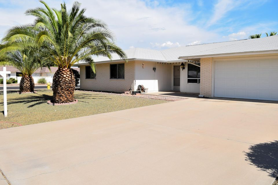 9401 W GREENWAY Road, Sun City, AZ 85351