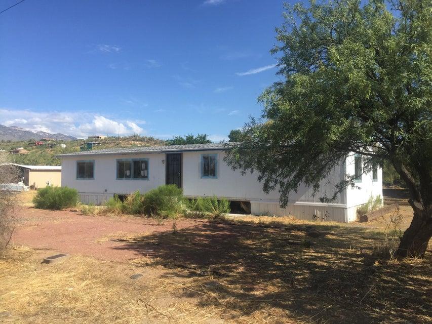 19720 E INDIAN HILLS Drive, Black Canyon City, AZ 85324