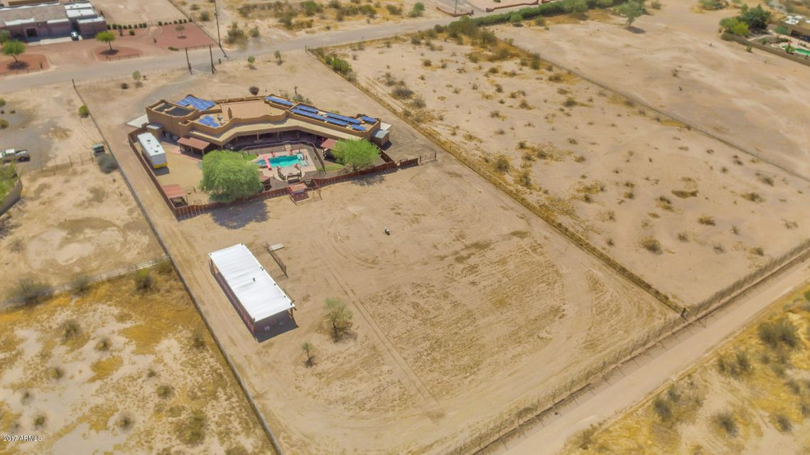 MLS 5635162 23618 N 198TH Drive, Surprise, AZ Surprise AZ Equestrian