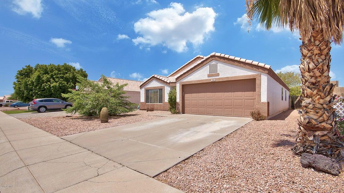 1950 S RENNICK Drive, Apache Junction, AZ 85120