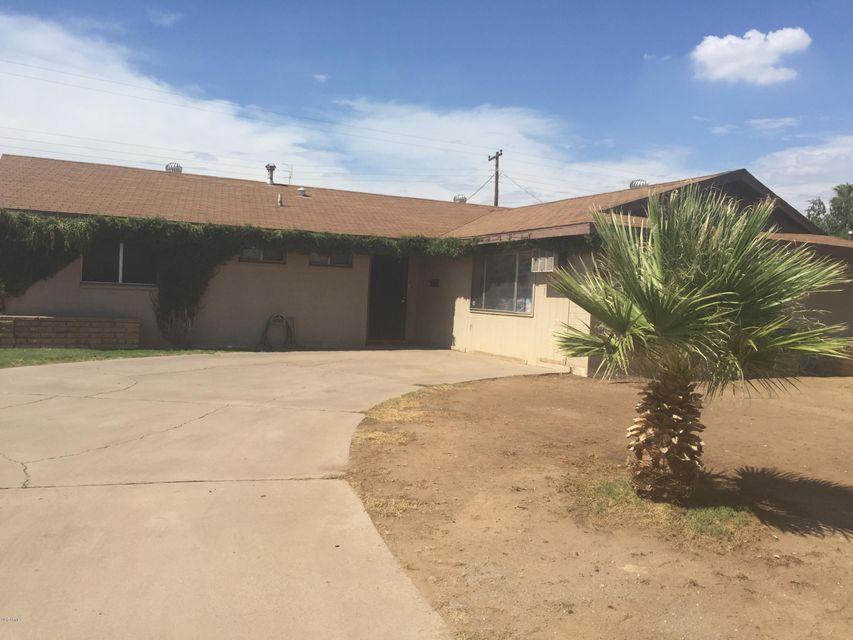 8010 W EARLL Drive, Phoenix, AZ 85033