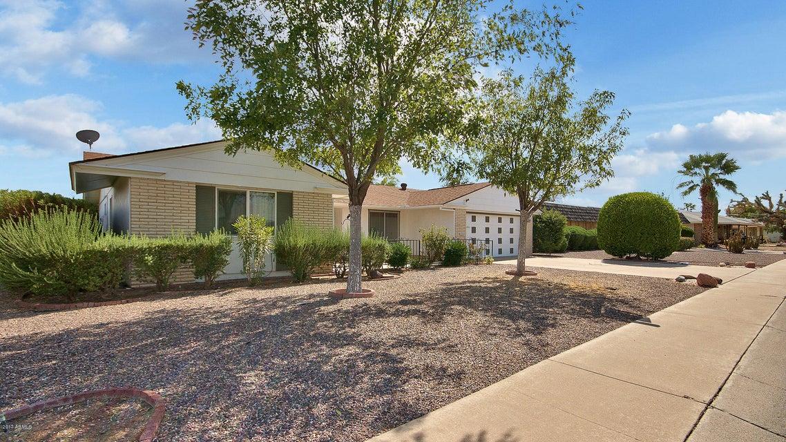10263 W TWIN OAKS Drive, Sun City, AZ 85351