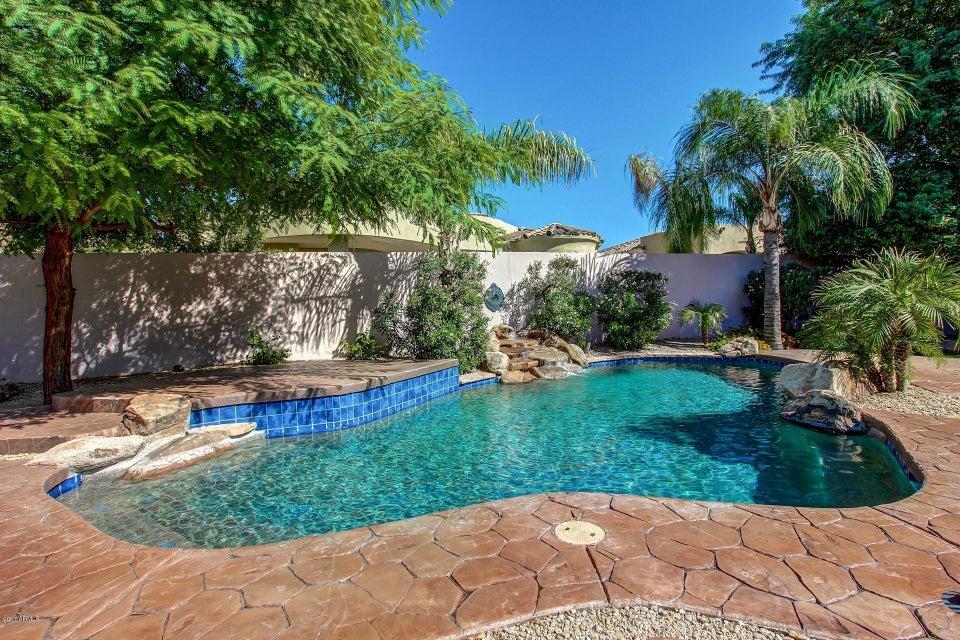 1520 W AUGUSTA Avenue, Phoenix AZ 85021