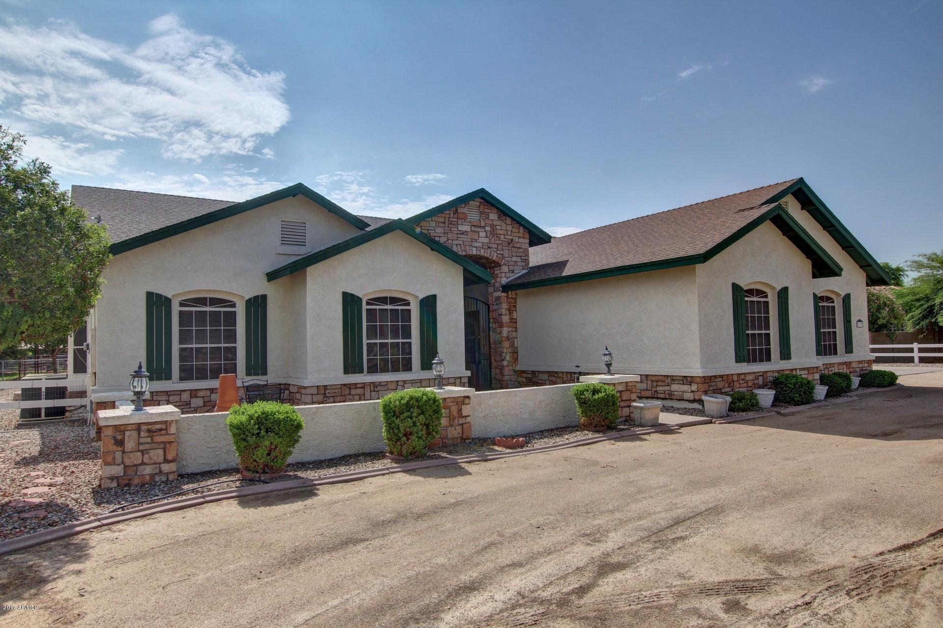 MLS 5636604 6327 N 186TH Avenue, Waddell, AZ 85355 Waddell AZ One Plus Acre Home