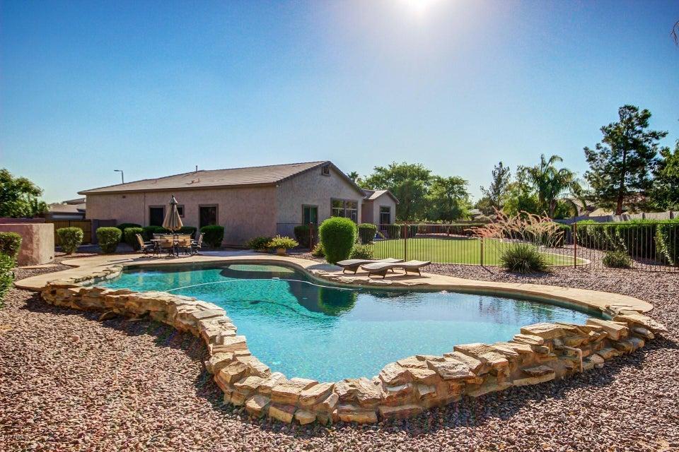 MLS 5636272 5325 S ADOBE Court, Chandler, AZ Mesquite Grove Estates