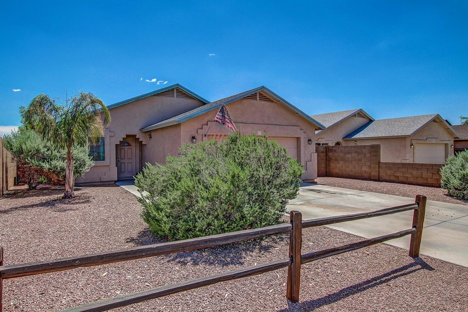 593 E 9TH Avenue, Apache Junction, AZ 85119