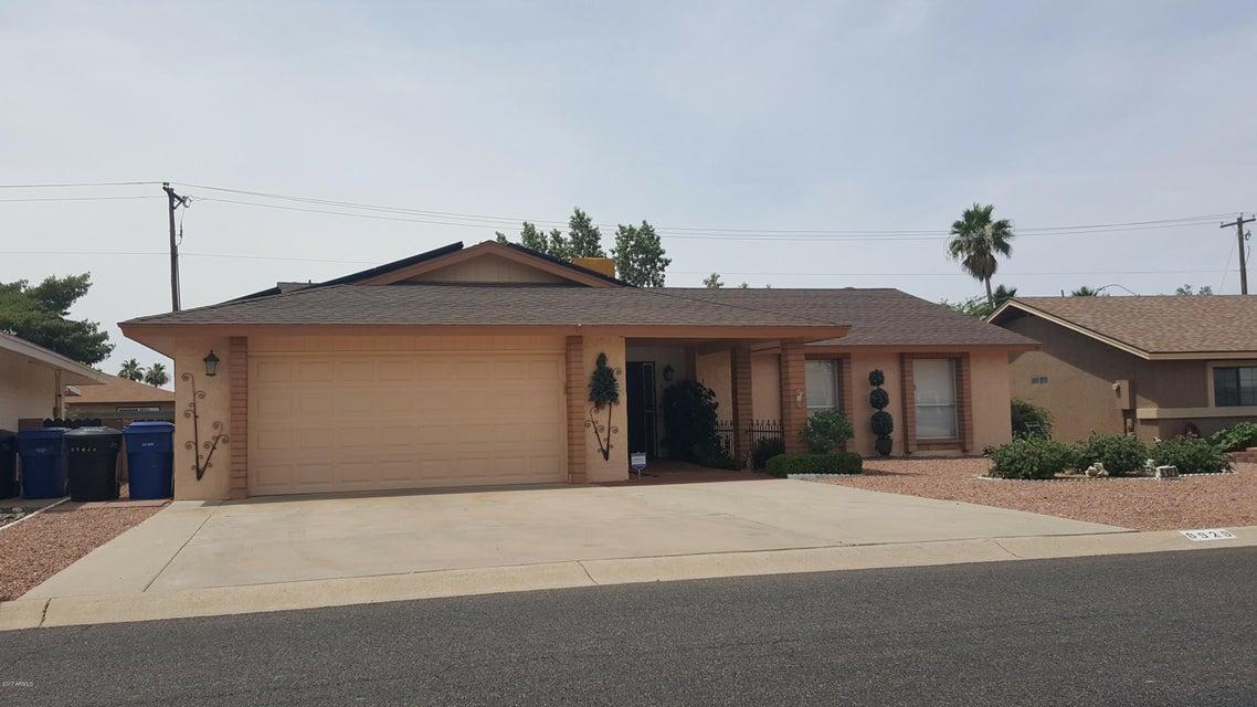 6929 E FLOSSMOOR Avenue, Mesa, AZ 85208