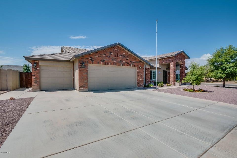 3621 E MEADOW LAND Drive, San Tan Valley, AZ 85140